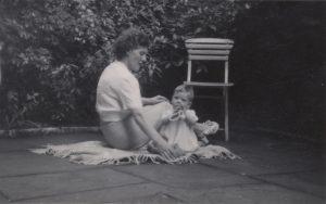 Lorna and her son Geoffrey behind No. 3 Cheyne Walk