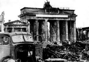 Brandenburg Gate, Berlin, 1945