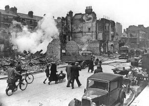 war-londonbombedwwii_full